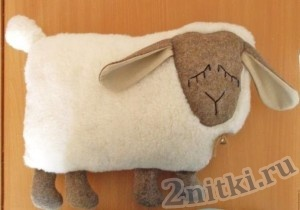 Подушка «Грустная овечка»