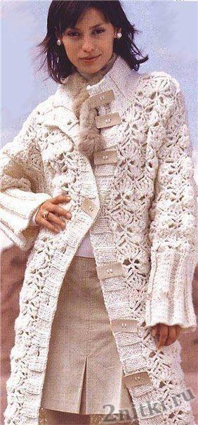 Ажурное пальто с широкими планками