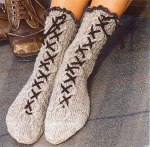 Носки со шнуровкой в альпийском стиле