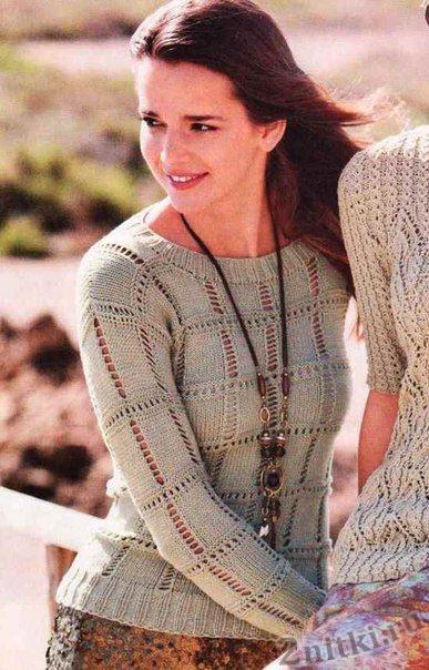 Пуловер с ажурными клетками