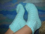 Вязаные носки с ажурным узором