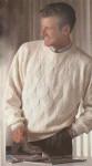 Пуловер спицами с рельефным узором