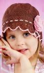 Коричневая шляпка для модницы