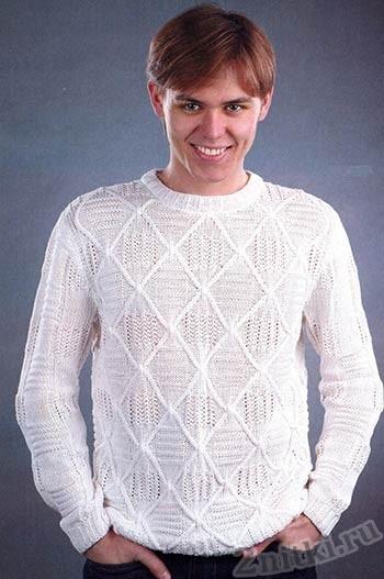 Мужской свитер с рельефными ромбами