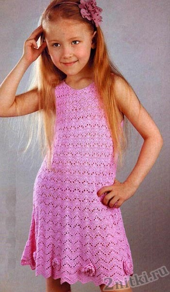Летнее платье для девочки на спицах