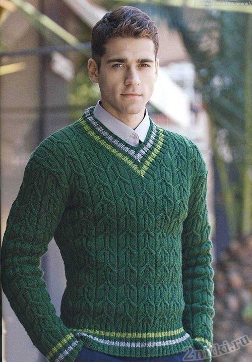 Muzhsko-pulover-vyazanyiy-spitsami